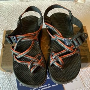 Women's ZX2 Smoky Mountain Chacos (Size 9)